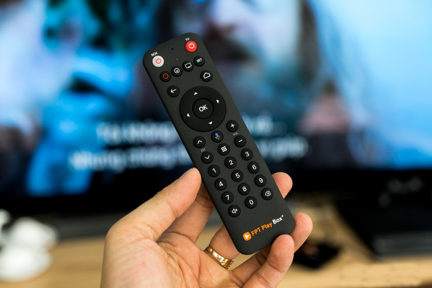 voice remote FPT Play Box 2019