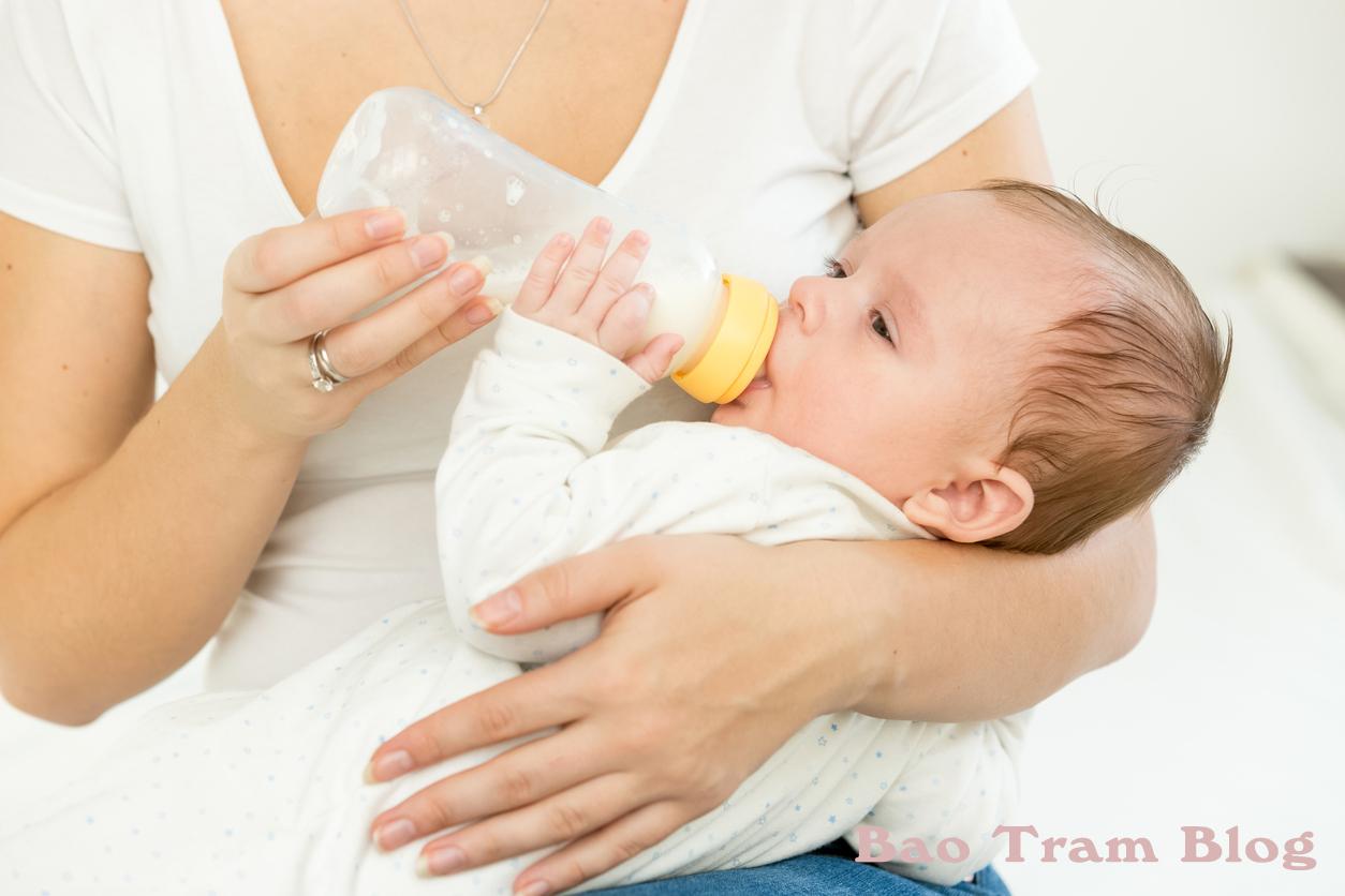 tác dụng của bình sữa cho bé