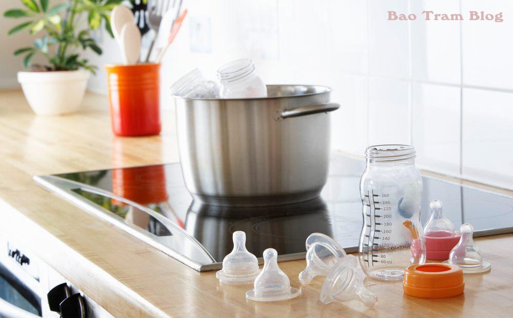 vệ sinh bình sữa cho bé đúng cách